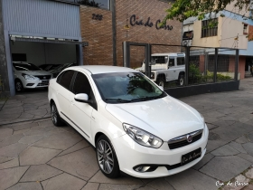 GRAND SIENA ESSENCE 1.6 16V AUT COMPLETO PILOTO AUT CAMBIO NO VOLANTE ABS AIR BAG CARRO IMPECÁVEL