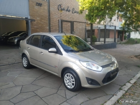 FORD/FIESTA SEDAN CLASS 1.6, EXCELENTE ESTADO