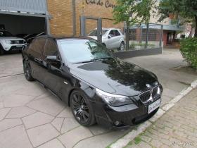 BMW 550I SPORT SEDAN V8 32V AUTOMÁTICA, TOP DE LINHA, 4 PNEUS NOVOS